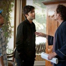 Adrian Grenier, Jerry Ferrara e Kim Coates in una scena dell'episodio One Last Shot dell'ottava stagione di Entourage