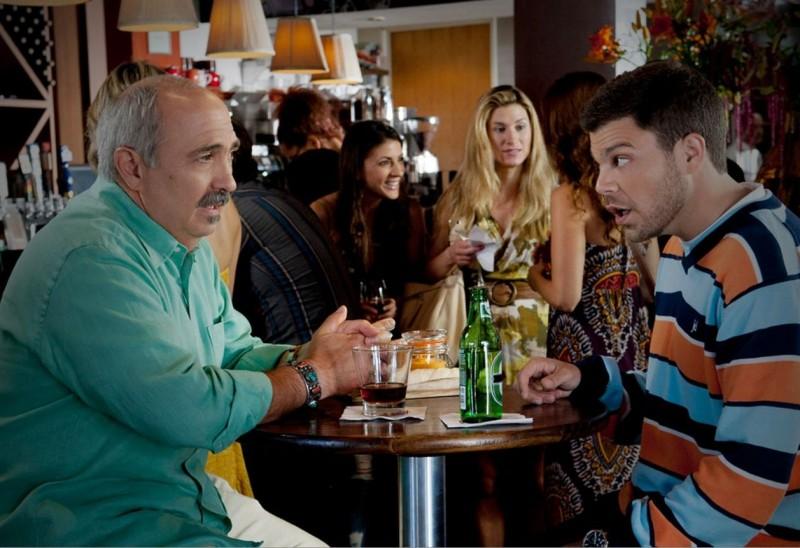 Miguel Sandoval E Jerry Ferrara In Una Scena Dell Episodio One Last Shot Dell Ottava Stagione Di Ent 212504