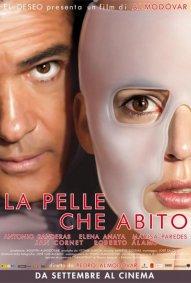 La locandina italiana di La pelle che abito