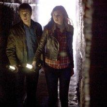 Doctor Who: Karen Gillan ed Arthur Darvill in un momento dell'episodio The Rebel Flesh