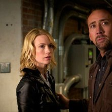 Nicolas Cage con January Jones in Solo per vendetta (2011)