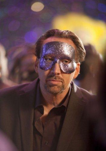 Nicolas Cage mascherato nel film Solo per vendetta