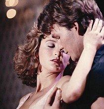 Patrick Swayze e Jennifer Grey in una sequenza di Dirty Dancing
