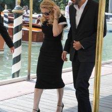Madonna arriva in laguna con il suo manager, Guy Oseary per presentare Edward e Wallis