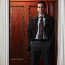 Ringer: Nestor Carbonell nel pilot della nuova serie CW