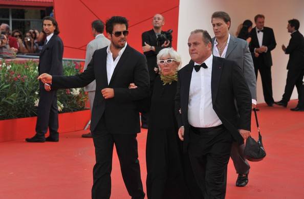 Venezia 2011 Eli Roth Accompagna Lina Wertmuller Sul Red Carpet 213081