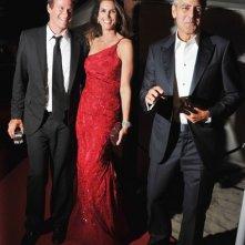 Venezia 2011, George Clooney presenta Le idi di marzo sul red carpet con Cindy Crawford e il marito di lei, Rande Gerber
