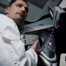 Apollo 18: Warren Christie in una scena del film