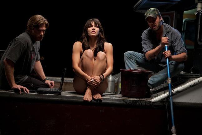 Chris Carmack Katharine Mcphee E Joshua Leonard In Shark Night 3D 213391