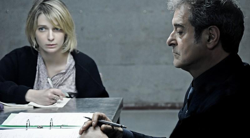 Ennio Fantastichini Con Francesca Cuttica In Un Intrigante Immagine Di L Arrivo Di Wang 213395