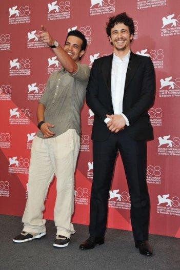 James Franco a Venezia 2011 con Val Lauren, interprete di Sal Mineo nella pellicola dedicata all'attore scomparso nel '76