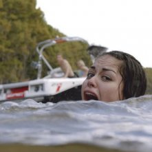 Shark Night 3D: Alyssa Diaz in una scena del film