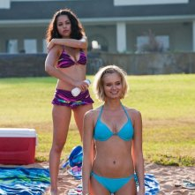 Shark Night 3D: Sara Paxton e Alyssa Diaz nel film