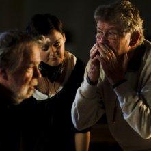 Ermanno Olmi sul set del suo Villaggio di cartone spiega una scena a Michael Lonsdale