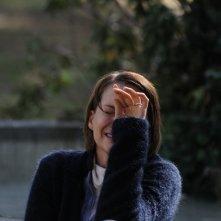 Andrea Osvárt in una scena drammatica di Maternity Blues (2011)