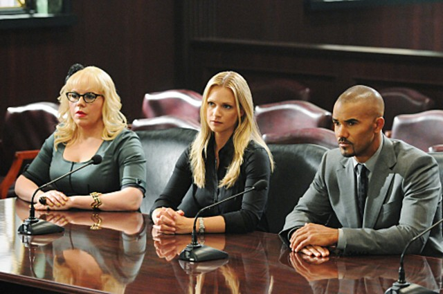 Criminal Minds Kirsten Vangsness A J Cook E Shemar Moore Nell Episodio It Takes A Village 213698