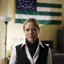 Prime Suspect: Maria Bello in una scena del pilot della serie