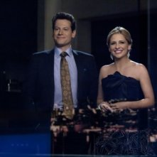 Ringer: Sarah Michelle Gellar e Ioan Gruffudd nell'episodio If You Ever Want a French Lesson