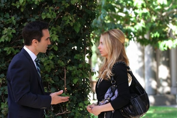 Ringer Sarah Michelle Gellar E Nestor Carbonell Nell Episodio If You Ever Want A French Lesson 213812