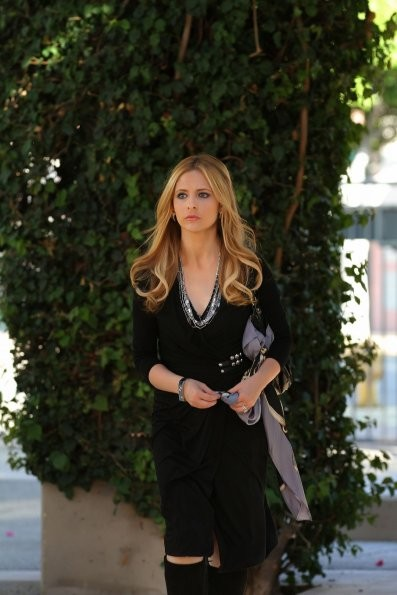 Sarah Michelle Gellar Nell Episodio If You Ever Want A French Lesson Di Ringer 213813