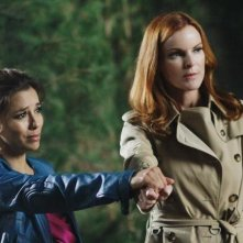Desperate Housewives: Eva Longoria e Marcia Cross nell'episodio Secrets That I Never Want to Know