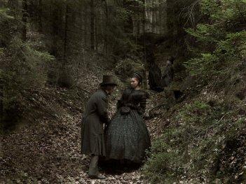 Faust di Aleksander Sokurov: una elegante sequenza del film