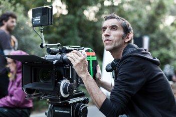Gianni 'Gipi' Pacinotti sul set de L'ultimo terrestre, durante le riprese