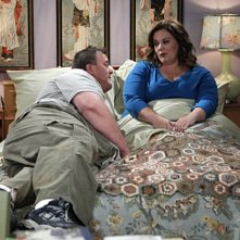 Mike & Molly: Melissa McCarthy e Billy Gardell nell'episodio Goin' Fishin'