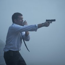 Texas Killing Fields: Sam Worthington in una sequenza del film