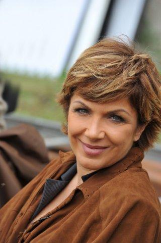 Rosanna Banfi interpreta il viceprocuratore nella miniserie Il Commissario Zagaria