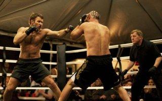 Joel Edgerton sul ring in Warrior