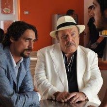Lino Banfi e Marco Cocci formano una coppia investigativa ne Il Commissario Zagaria