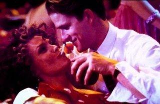 MIchelle Pfeiffer e Matthew Modine in Una vedova allegra... ma non troppo
