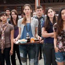 Crazy, Stupid, Love: Analeigh Tipton (al centro) in una scena