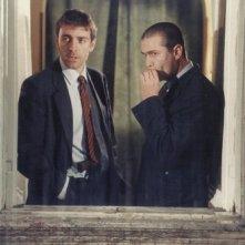 Emanuel Bevilacqua con Valerio Mastandrea ne L'odore della notte