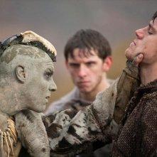 The Eagle: Channing Tatum e Jamie Bell (sullo sfondo) in una scena