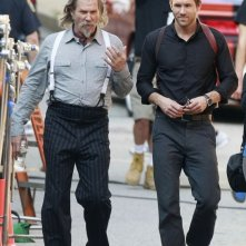 Jeff Bridges e Ryan Reynolds sul set di R.I.P.D.