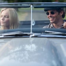 Cani di paglia: Kate Bosworth con James Marsden in auto