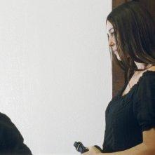 Jérôme Robart e Monica Bellucci in una scena di Un été brûlant