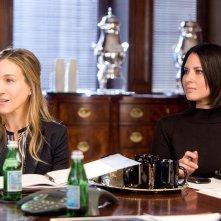 Sarah Jessica Parker con Olivia Munn in Ma come fa a far tutto?