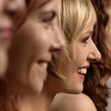 Una scena del film Q, con le interpreti del film