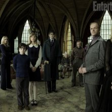 Ecco il cast di Dark Shadows al completo. Tra gli interpreti si riconoscono Johnny Depp, Michelle Pfeiffer, Eva Green, Helena Bonham Carter, Jackie Earle Haley e Chloe Moretz