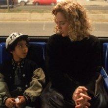 Gloria: Sharon Stone e Jean-Luke Figueroa in una scena del film di Sidney Lumet
