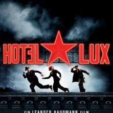 La locandina di Hotel Lux