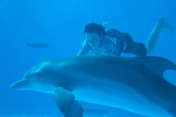 Nathan Gamble con Winter in Dolphin Tale