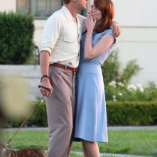 Un momento di romanticismo tra Emma Stone e Ryan Gosling sul set di The Gangster Squad