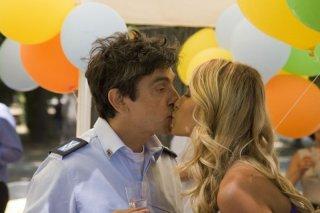 Vincenzo Salemme 'Baciato dalla fortuna'... e da Elena Santarelli!