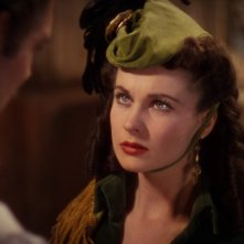 Vivien Leigh in una sequenza del film Via col vento (1939)