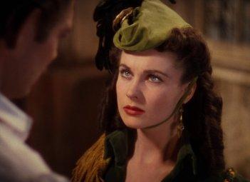 Vivien Leigh in una sequenza del film Via col vento (1939)