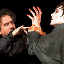Un insanguinato Johnny Depp e Tim Burton sul set di Dark Shadows